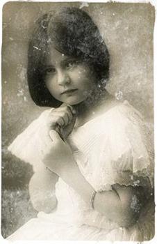 rita Elle m a aussi parlé de sa sœur, Perla, qui avait quatre enfants.  Trois garçons et une fille   Shakira. Shakira possédait également le don et  qu elle ... 581b49c70629